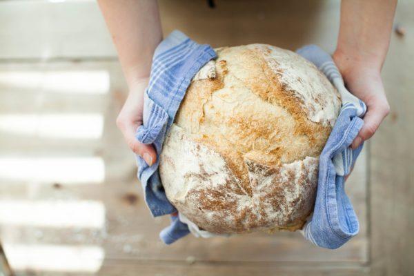Brot backen in der Heißluftfritteuse