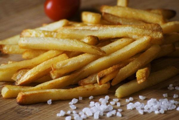 Essen aus der Heißluftfritteuse gesund